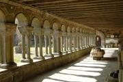 La galerie ouest de l'abbaye
