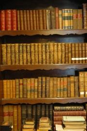 Dans la bibliothèque de l'abbaye