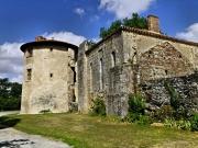 Tour de l'abbé et réfectoire de l'abbaye