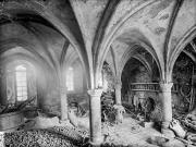 L'intérieur de la salle capitulaire avant sa restauration