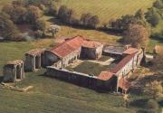 Vue aérienne de l'abbaye de La Grainetière